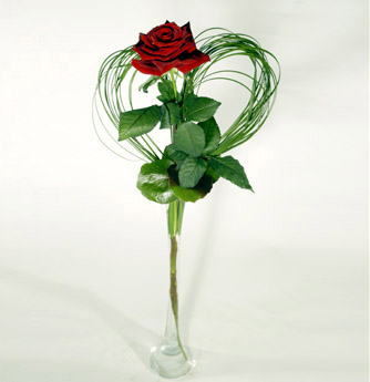 Rose with heart of grass and vase: deliverable in Greater Bern Area (+parcel in Switzerland)